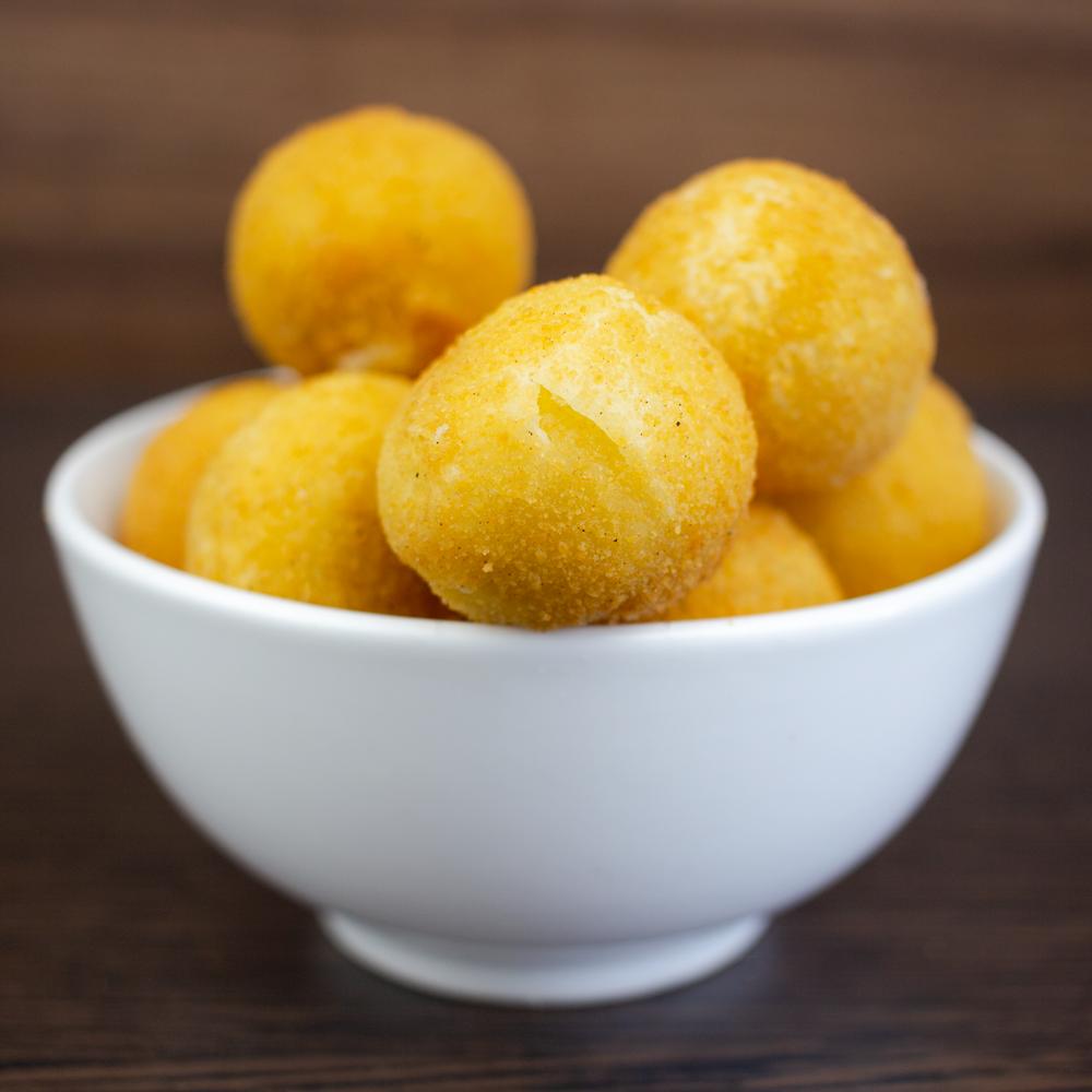 mini-trufa-recheada-com-cream-cheese-recanto-salgados